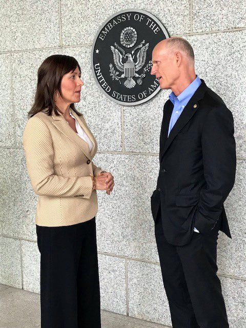 Great meeting today with @jguaido's Ambassador to Panama Fabiola Zavarce.  It was a delight to talk about our commitment to standing with the people of Venezuela during their fight for freedom &amp; democracy! <br>http://pic.twitter.com/TULkPxJbek