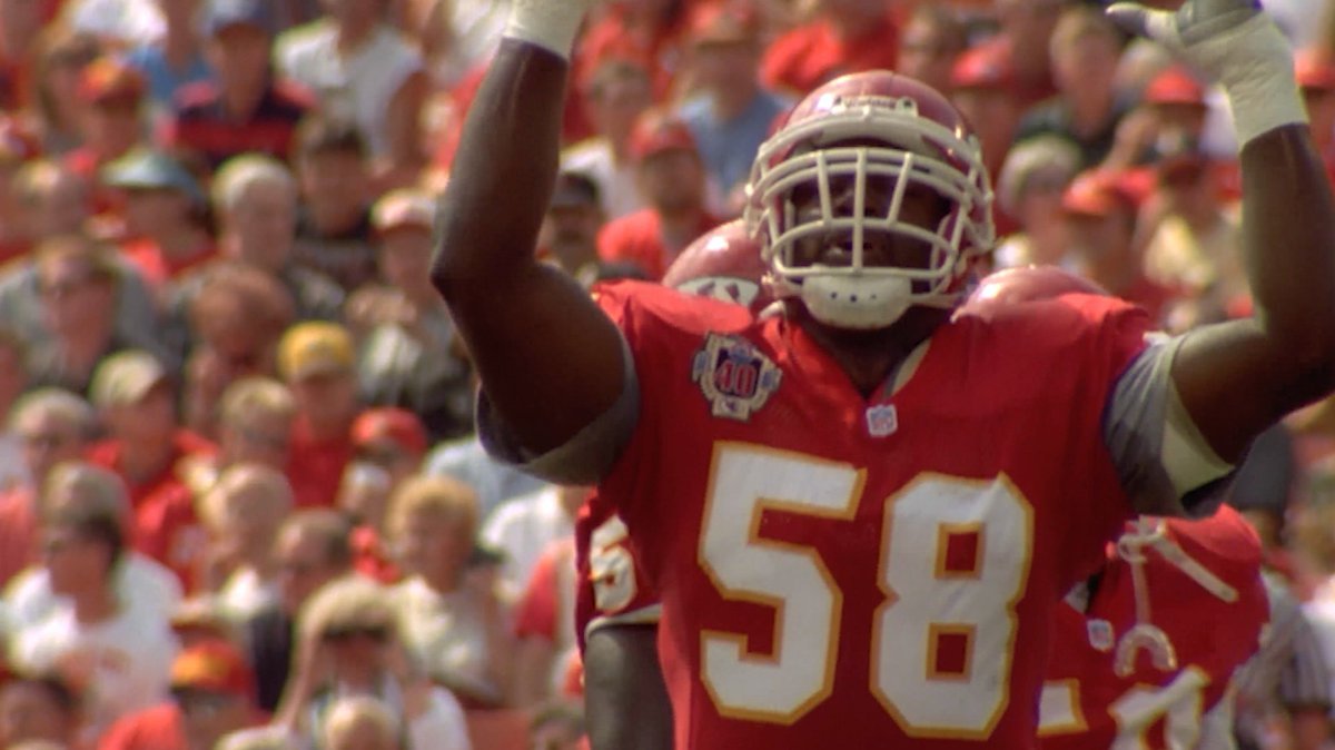 58 was simply one of the best to ever take the football field. We miss you, DT.