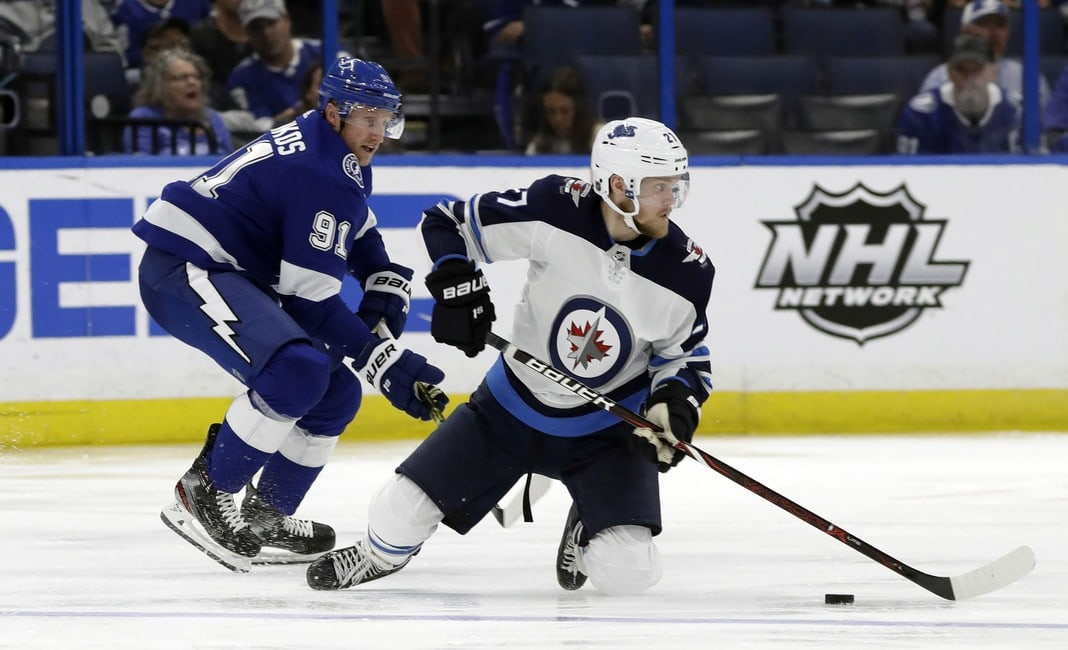 NHL Rumors: Ehlers, Oilers, Lightning, More   https://is.gd/PJ8LwS #THW #HockeyTwitter