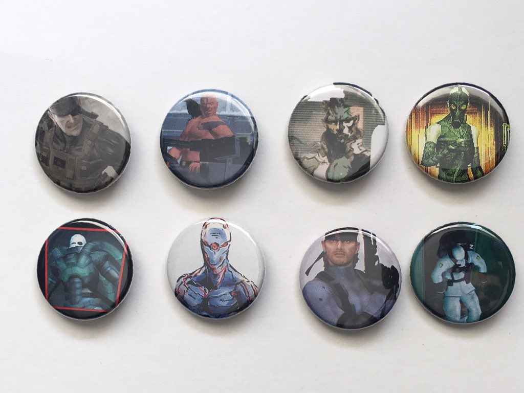 Hey when I'm not streaming video games I make buttons out of old gaming magazines and comics and only one of a kind each so you can rock the geek street cred? 😂  https://etsy.me/2DilEbT   @RSG_Retweet #etsy #MetalGearSolid #gaming #EtsyRT #Aquaman #movies #comics #videogames