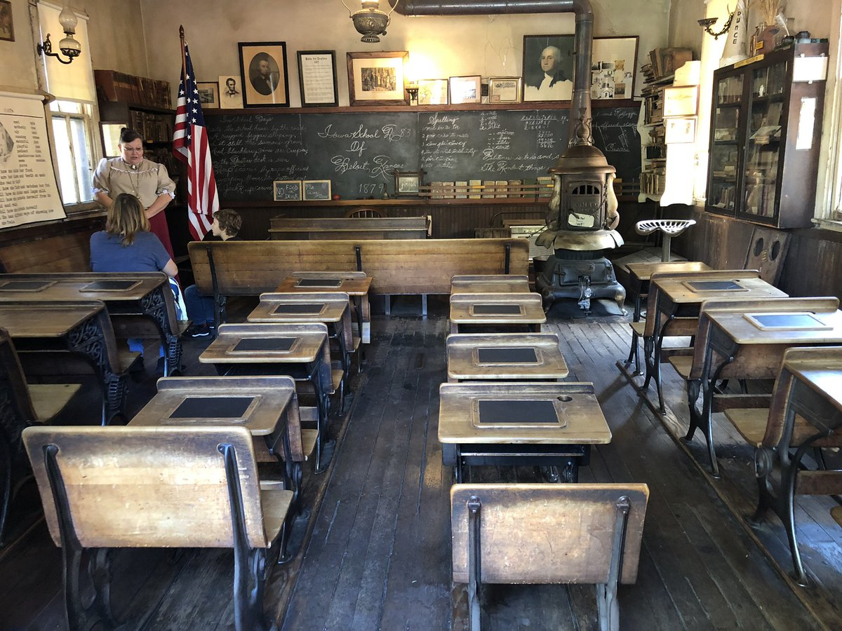 Here is a classroom at Knotts Berry Farm modeled after a school from 1879.  Why do so many classrooms still look like this model 140 years later? #edchat #whatisschool #learningspaces – at Knott's Berry Farm