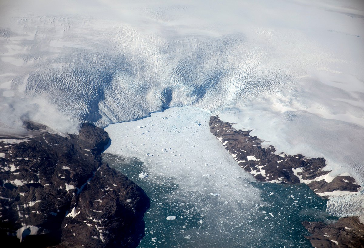 Ice loss from Greenland's ice sheet is happening 6x faster than in the 1980s because of climate change, says a new study.  ▪️ The ice sheet is the biggest contributor to sea level rises ▪️ It's raised the global sea level 13.7mm since 1972 ▪️ 1/2 of that was in the last 8 years
