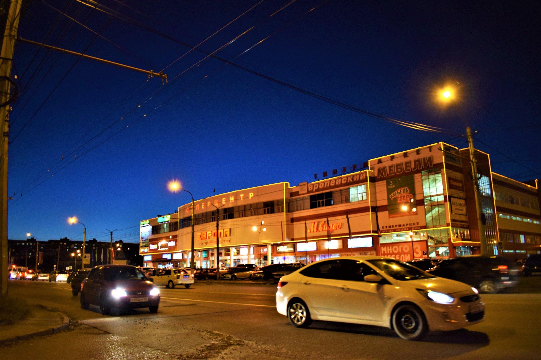 больше курск ночью фото барельефы
