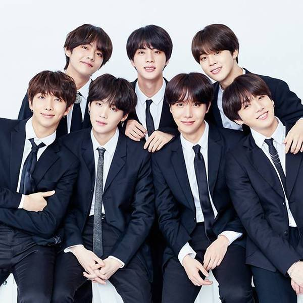 Champions keep playing until they get it right.  I'm voting for #BBMAsTopSocial + BTS @BTS_twt<br>http://pic.twitter.com/twQ29k6bk9