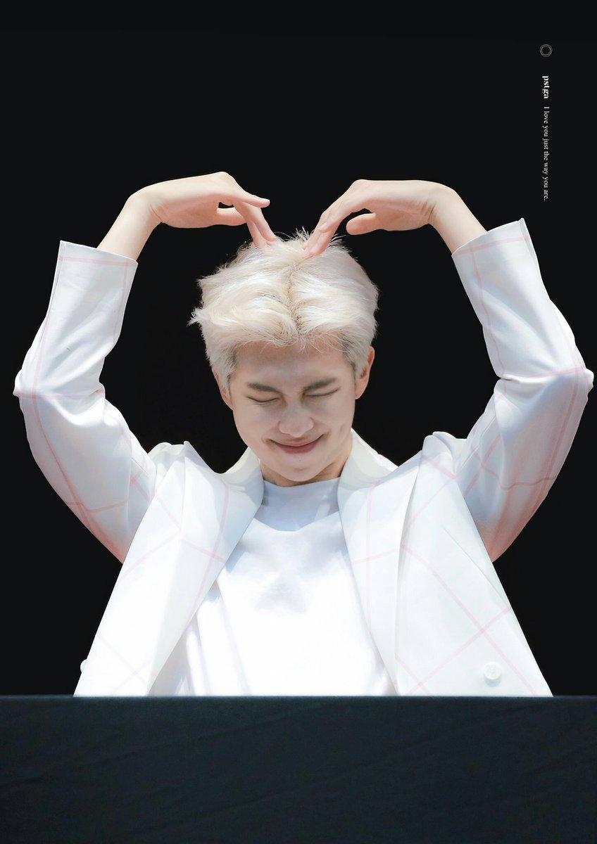 love you fam! more follow to vote :)  #BBMAsTopSocial BTS @BTS_twt<br>http://pic.twitter.com/WjB7T45Hkz