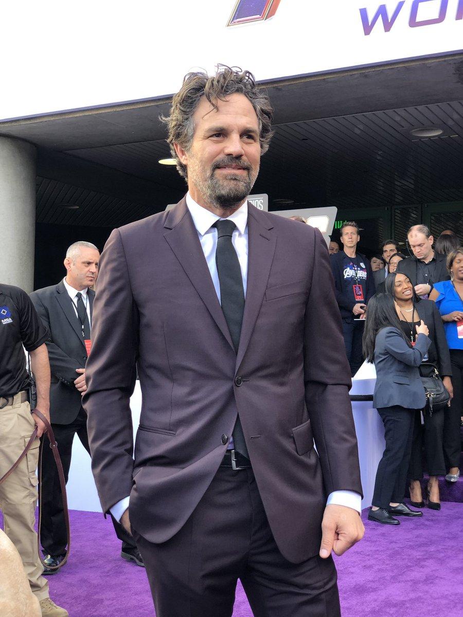 .@MarkRuffalo with a SMASHing entrance. #Hulk #AvengersEndgame