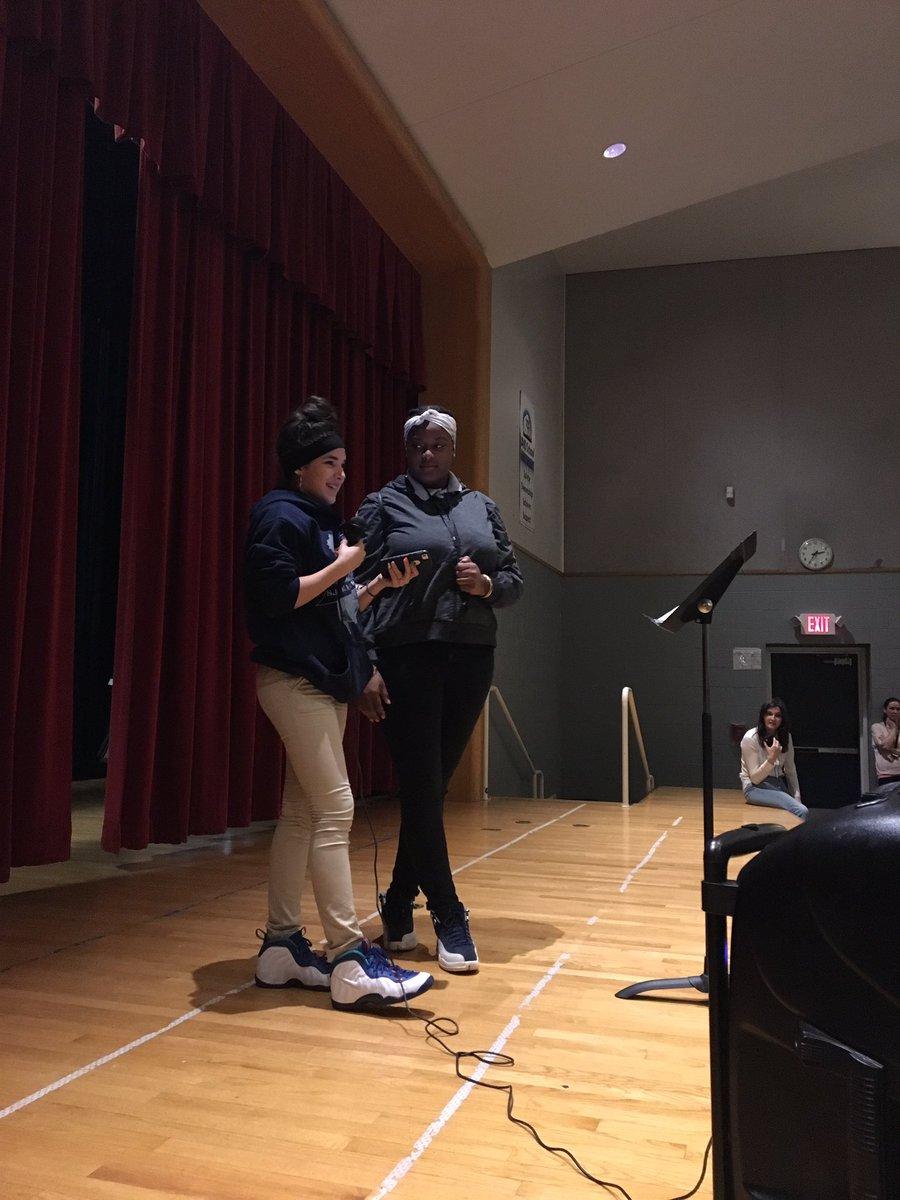 Poetry Slam 19! #StudentVoice #teachervoice #emotionsmatter #buildingcommunity #MsLerner 🙏🏽