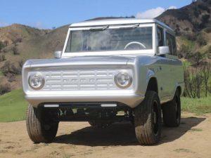 FordのBroncoをEV化! マニュアル車として150台限定生産へ