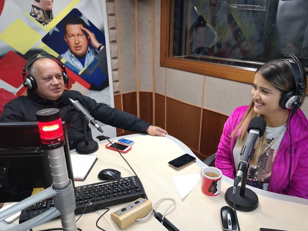 #NosVemosEnLaRadio como siempre la derecha desenmascarada ahora dicen que elnprimero de Mayo es la cosa cuando quieran y cómo quieran #JuanitoAlimañaPuraMaña