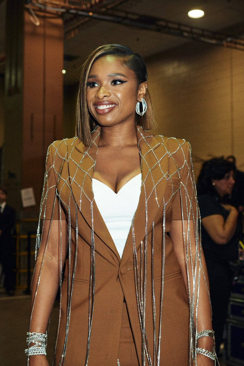 No words. 😍 @IAMJHUD #BBMAs