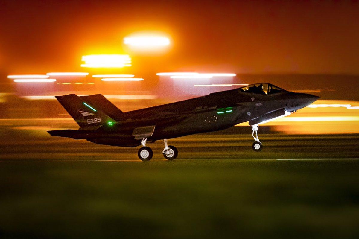 النرويج تضاعف طلبياتها لمقاتلات F-35 الى 12 مقاتله  - صفحة 2 D5-8KLGXoAMtcCF