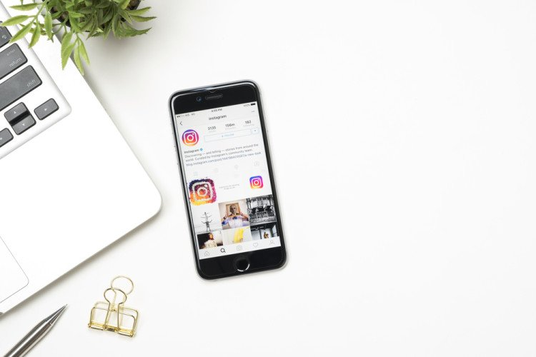 Trying to keep up with @Instagram's latest updates? Discover #IGtips for staying ahead of trends and creating a brand around your visual business:  https:// shutr.bz/2V6mtvG    <br>http://pic.twitter.com/COdPUX0R8O