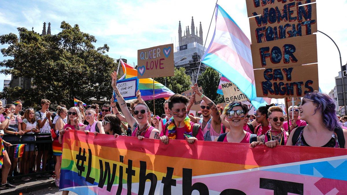 Gay bisexual lesbian transexual meet new people — img 1