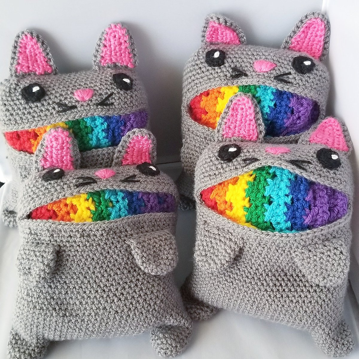 Orders are going out this week with all of the cat rainbow barfy goodness! 🌈🤮🙀 @paintboxyarns from @loveknittingcom  #catrainbowbarfscarf  #rainbowcatbarf  #rainbowscarf  #rainbow🌈  #catbarfscarf  #paintboxyarns  #loveknittingcom  #loveknitting  #paintbox #smallbusiness
