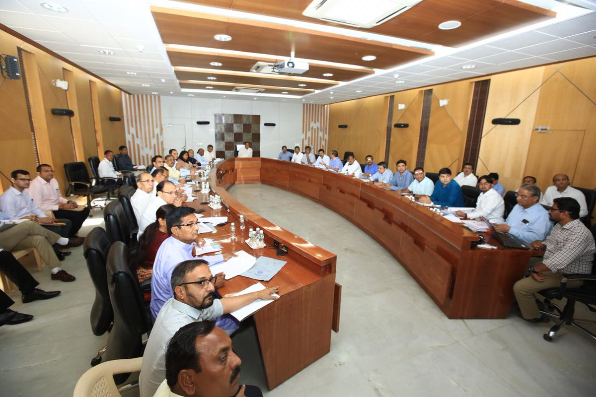 Rupani instructs civic bodies to ensure use of 75% treated/recycled water