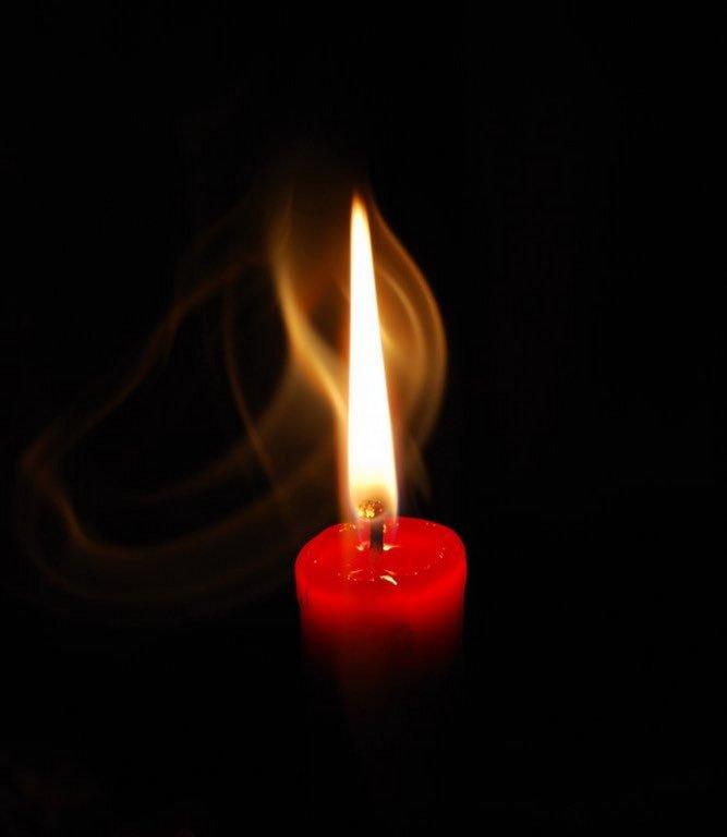 Картинки горящей свечи в память, днем
