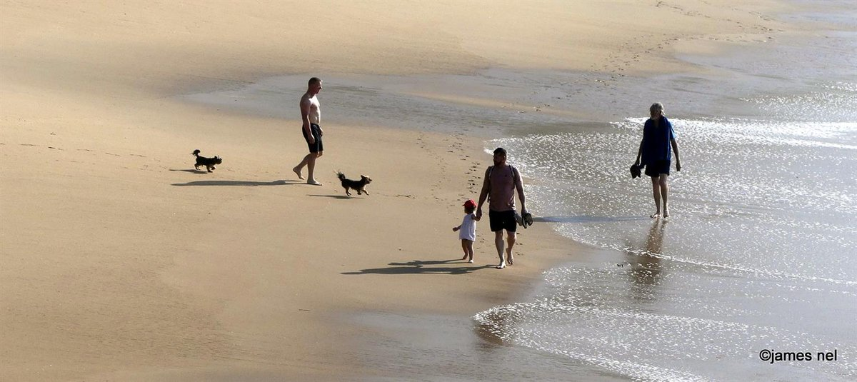 strolling on the beach... http://james-nel.blogspot.com/ @natgeotravel #travel #photography #travellife #traveladdict #pictureoftheday #photooftheday #picoftheday #jamesnel #caturingthemoment #unfiltered