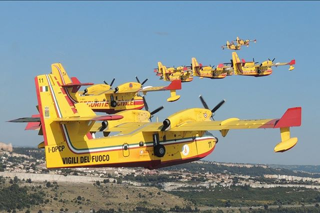 Through the #Civil #Protection Mechanism, participating countries such as #France, #Italy & #Spain share resources in coordinated response to natural disasters. Joint #firefighting missions is essential for crews of #Canadair #aerialfirefighters to successfully battle #wildfires.