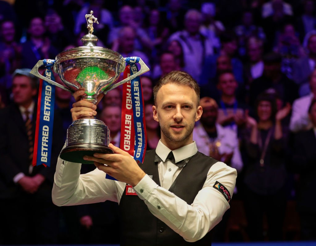 From 'naughty snooker' to finally coming of age.Judd Trump dismantles John Higgins to claim maiden World Championship title in breathtaking final.Report from the Crucible: http://www.bbc.co.uk/sport/snooker/48178462 … #bbcsnooker