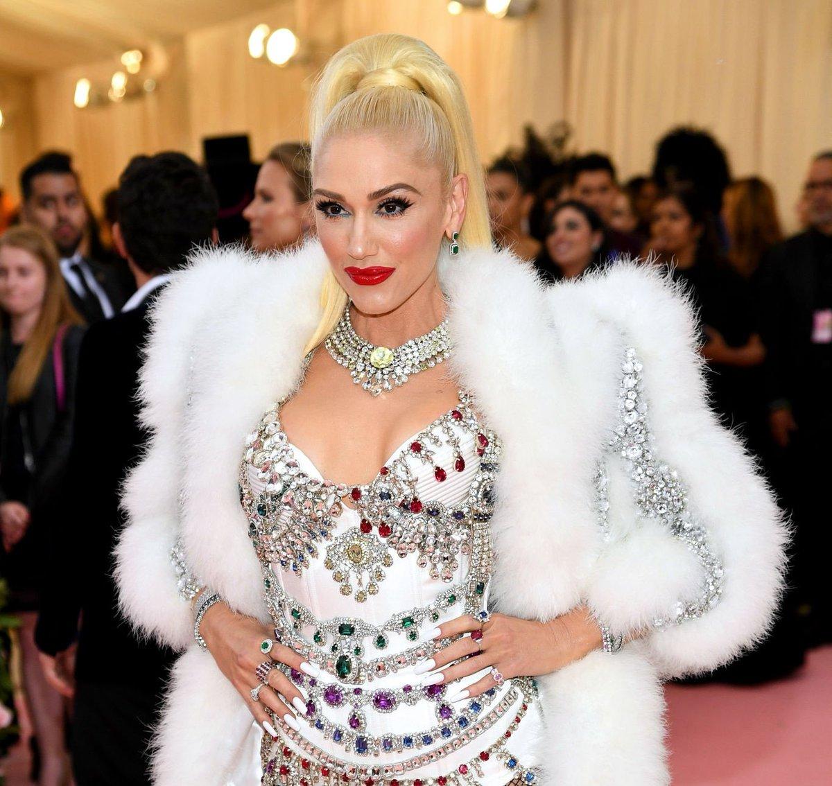 "Gwen Stefani >> single ""Let Me Reintroduce Myself"" - Página 5 D57FmojUUAEsZit"