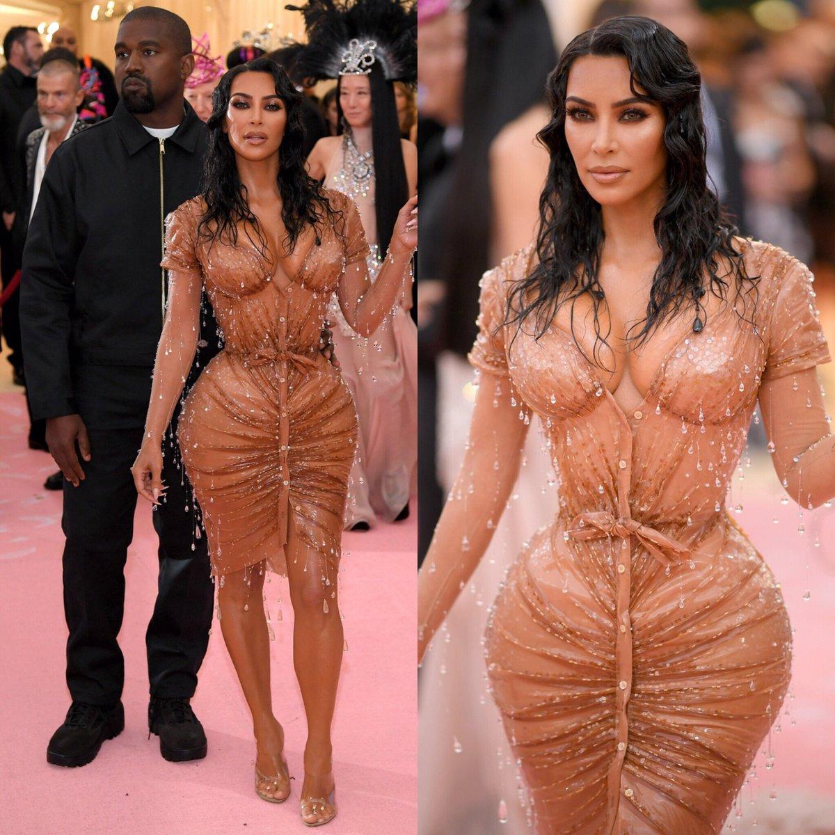 kim kardashian kanye twitter nude