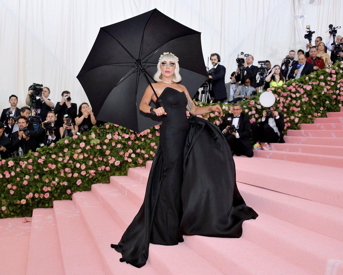 9b159c207a35 Lady Gaga ( ladygaga)