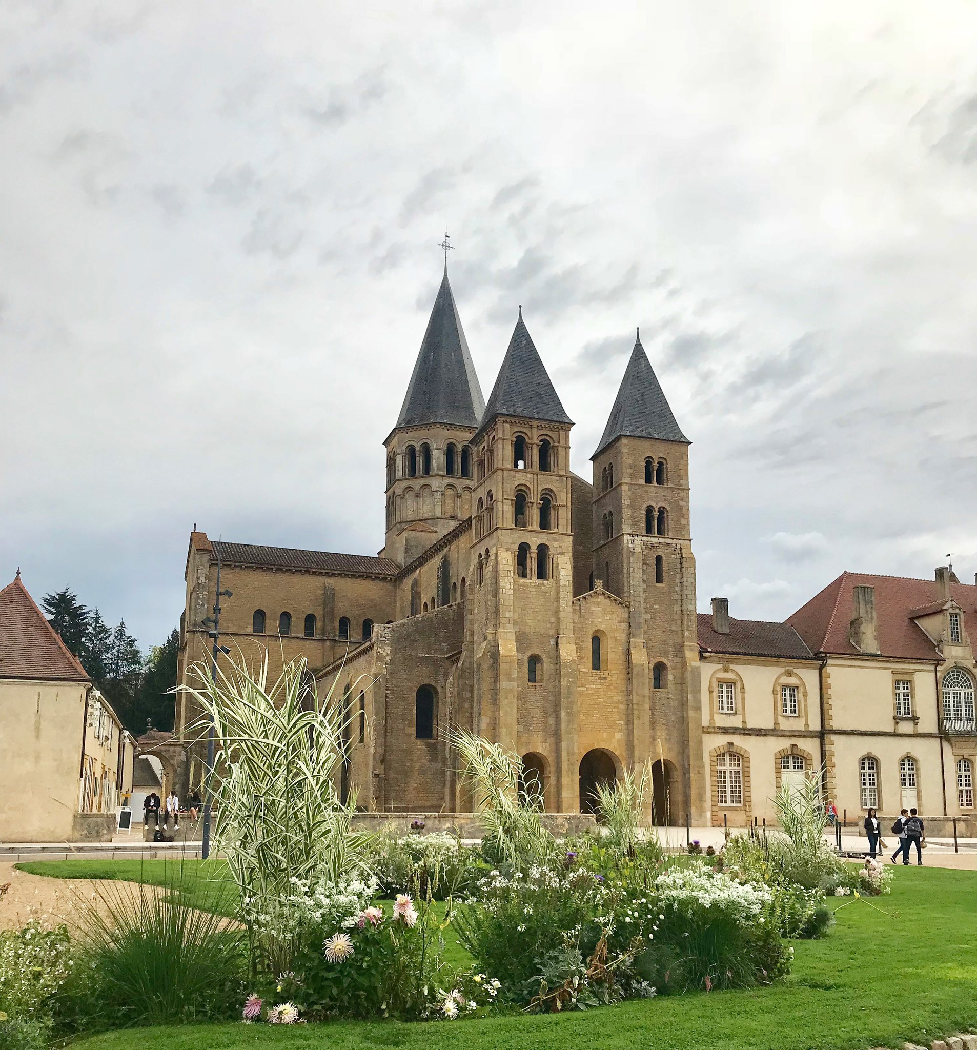 "Architecte Paray Le Monial emilia on twitter: ""the pretty town of paray-le-monial is"