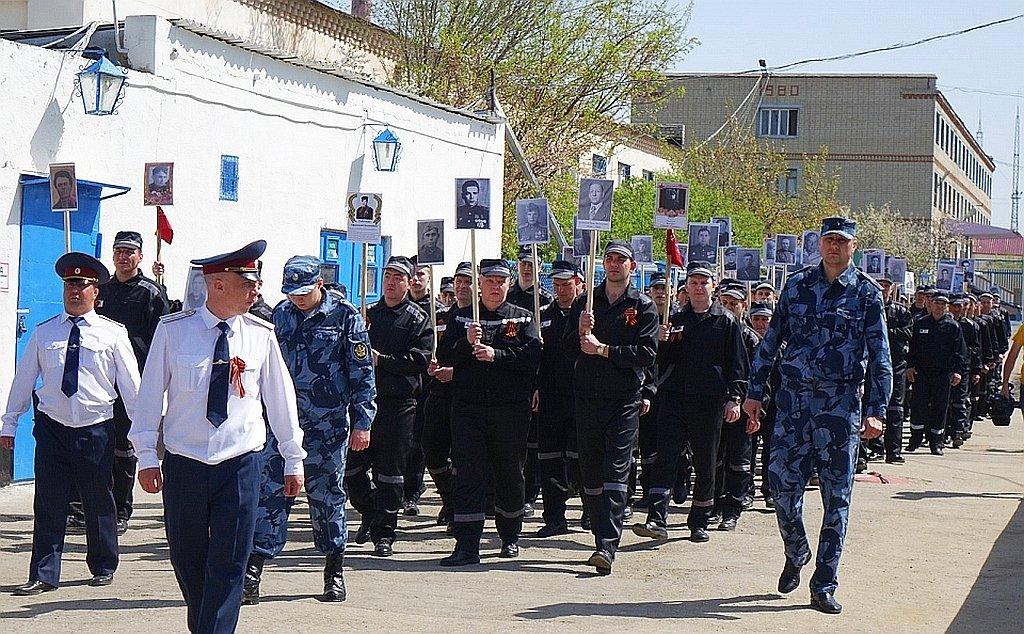 """Акція """"Ніхто не забутий. Ніщо не забуте"""" відбувається в Києві: одну з учасниць затримано за заборонену символіку - Цензор.НЕТ 4489"""