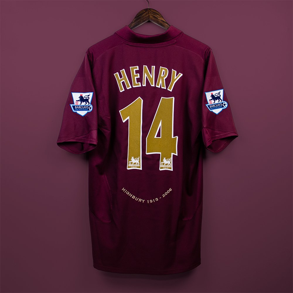 2db23274063 Henry wore this amazing redcurrant home shirt design in the last match at  Highbury Available now - http   ow.ly FcKg30oEYDh pic.twitter.com Rf9xOlIb2Z