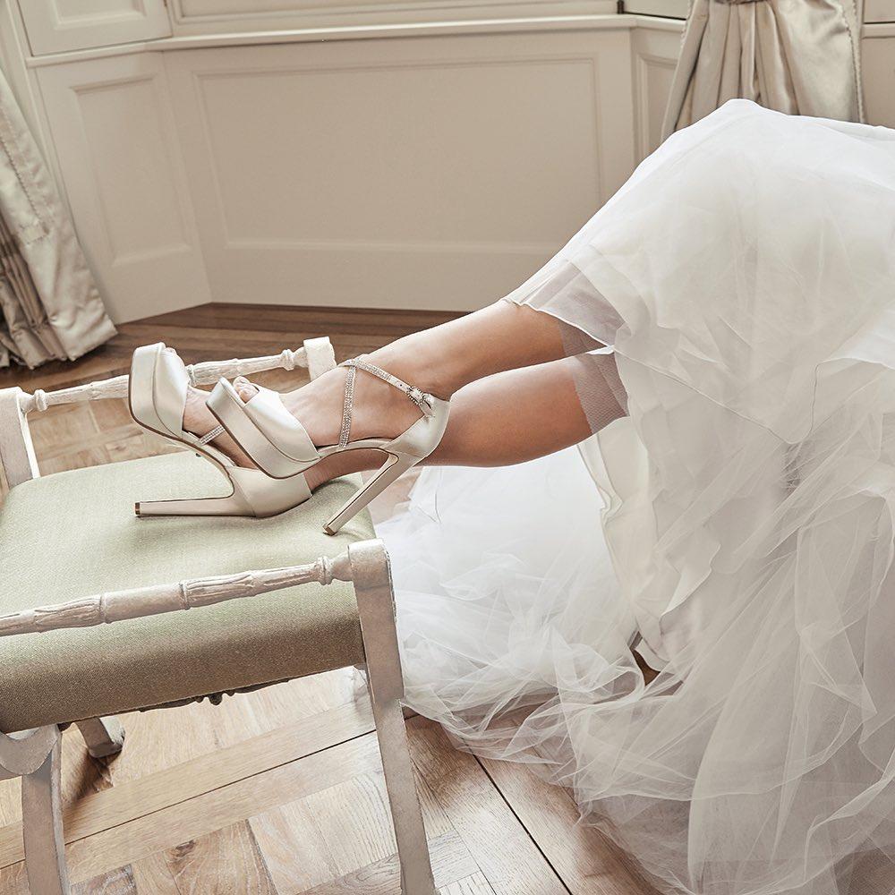 "92128876103 Say ""I do"" to #nakshoes Bridal. Επιλέξτε το τέλειο νυφικό παπούτσι που"