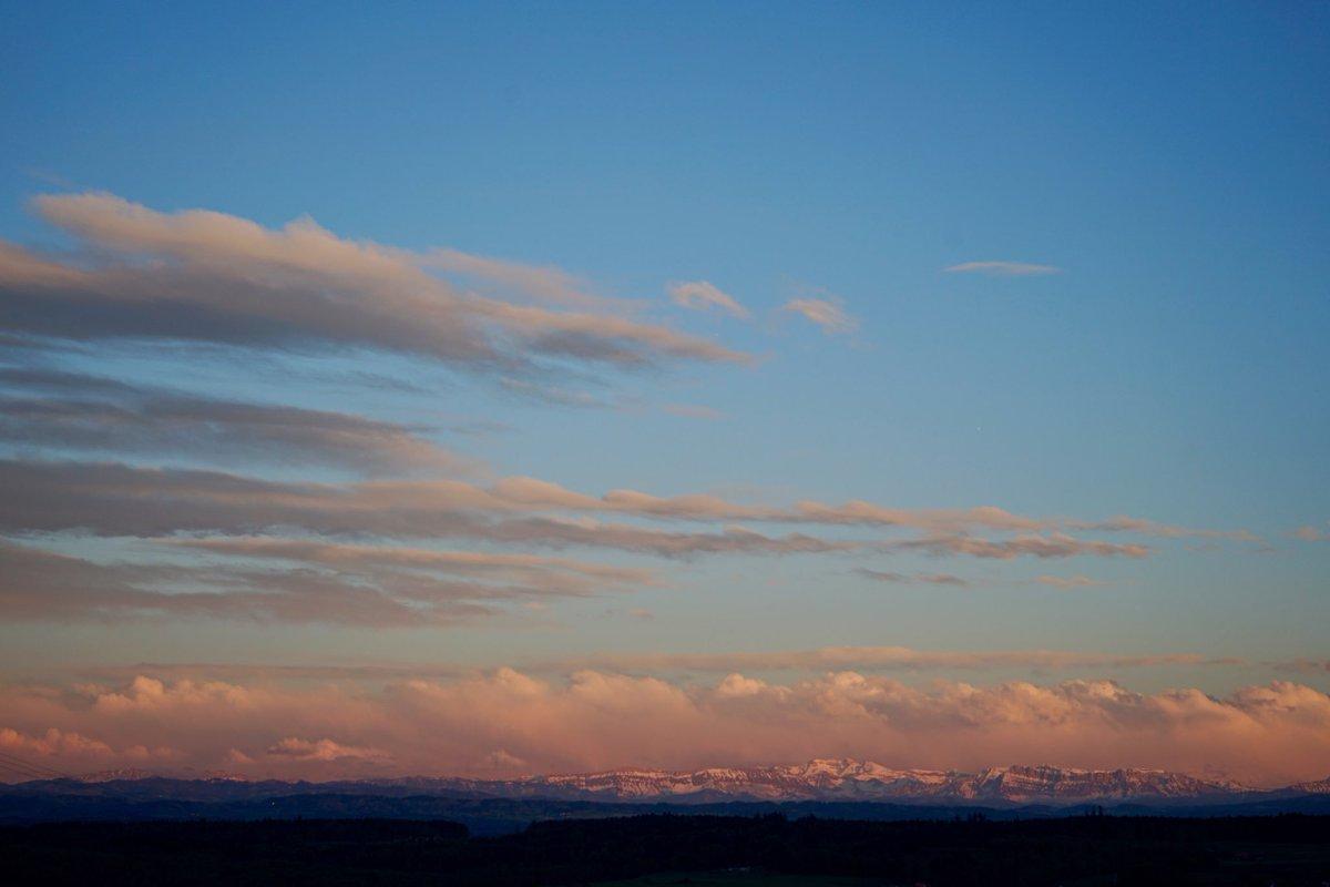 RT @ritakleeb: Gentle clouds  #landscapephotography #Switzerland https://t.co/vKIN3Qg1EA