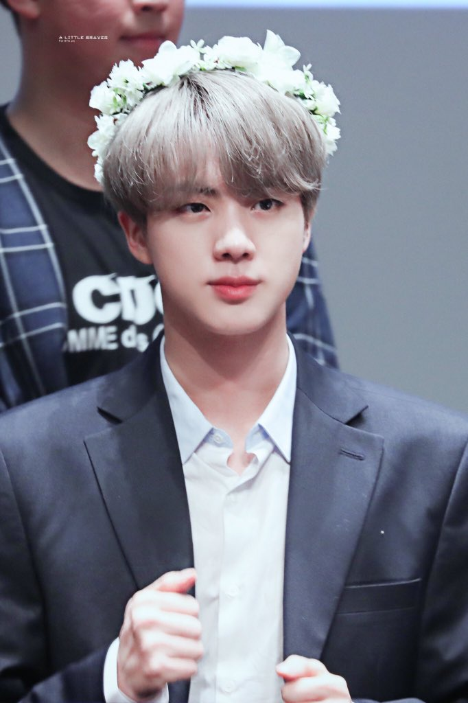 Jin Pics On Twitter Jin With Flowers Crown Is The Best Thing Ever He Looks So Beautiful Im Crying Bbmastopsocial Bts Bts Twt