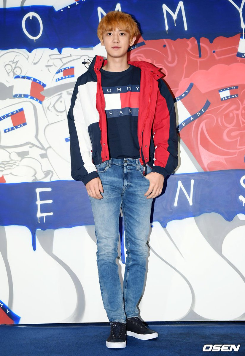 Tommy Hilfiger SSFW with Chanyeol indeed 😌😌😌😌  Tommy boy remains superior 🥰