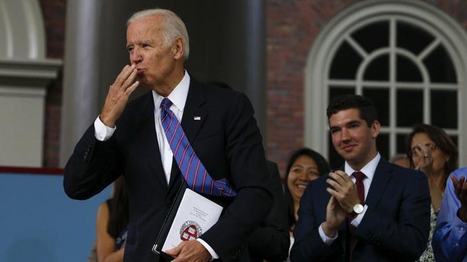 Joe Biden in campo, annuncia la candidatura per il...
