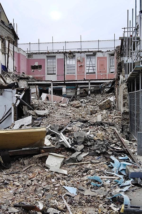 ARE YOU LISTENING @TowerHamletsNow ? http://spitalfieldslife.com/2019/04/25/what-happened-to-tadmans/…