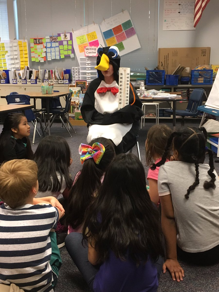 Special visit and lesson from Puzzled Penguin during math today! We figured out the spring temps are much too warm for penguins though! 🐧🌡 <a target='_blank' href='http://twitter.com/CampbellAPS'>@CampbellAPS</a> <a target='_blank' href='http://twitter.com/CampbellCounts'>@CampbellCounts</a> <a target='_blank' href='https://t.co/0nc4BcSKHp'>https://t.co/0nc4BcSKHp</a>