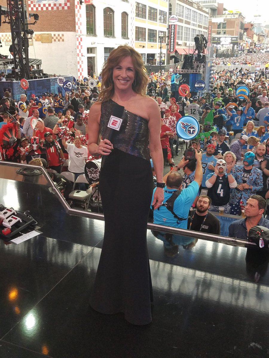 Ready to welcome the new crop of NFL stars... Wearing Carmen Marc Valvo, as always.