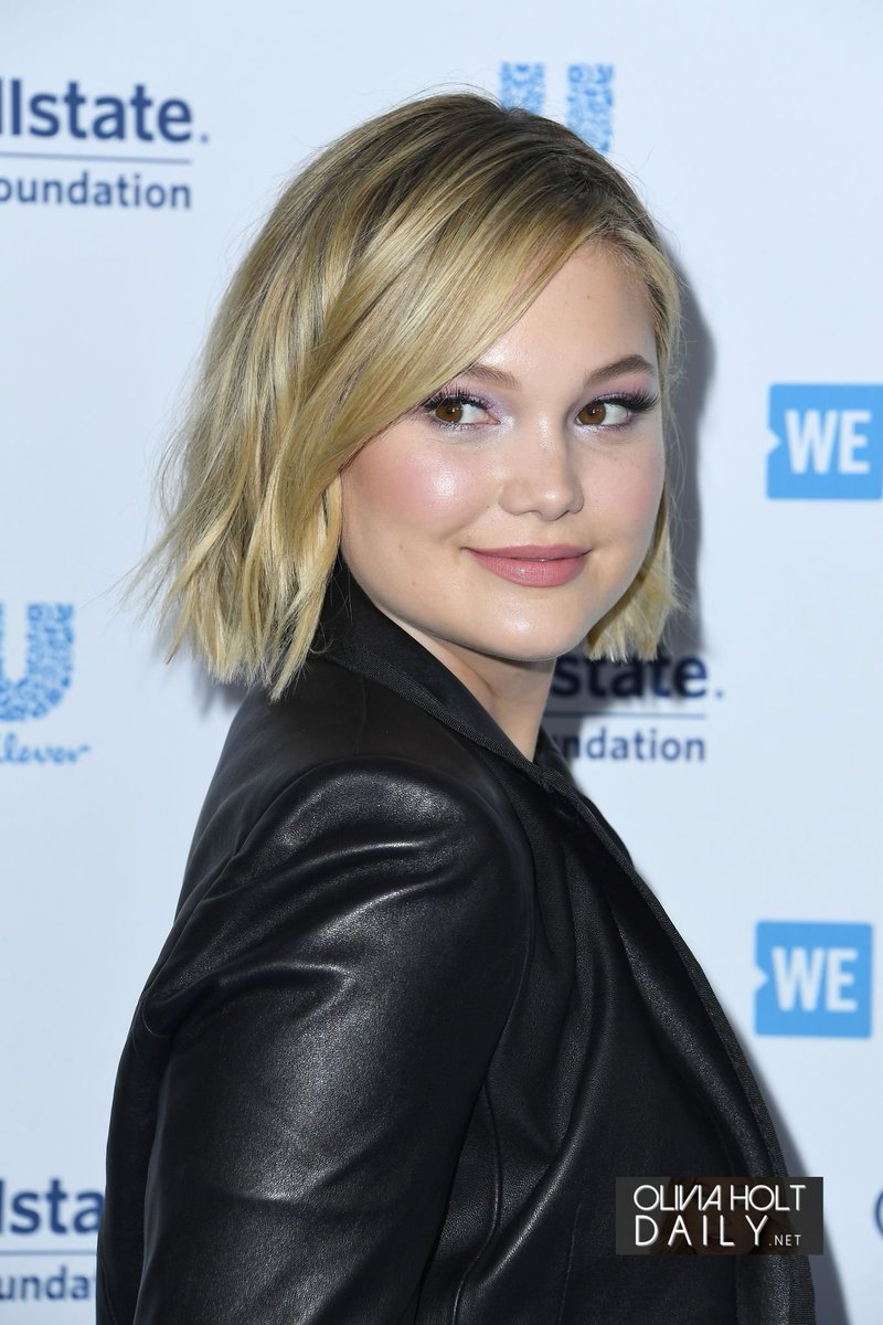 "Fotos De Olivia Holt olivia holt source on twitter: ""#photos - olivia au #weday"
