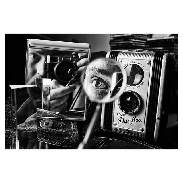 #stillife #monochrome #blackandwhite #kodak #duaflex #mirror #reflection #burnmyeye https://t.co/NuO6KJWVFi https://t.co/4aXB2twi5d