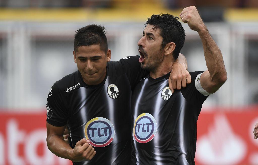 Zamora 2 Cerro Porteño 1  - Copa Libertadores 2019 - Primera Ronda - Vídeo D5B79lZXkAALjaY