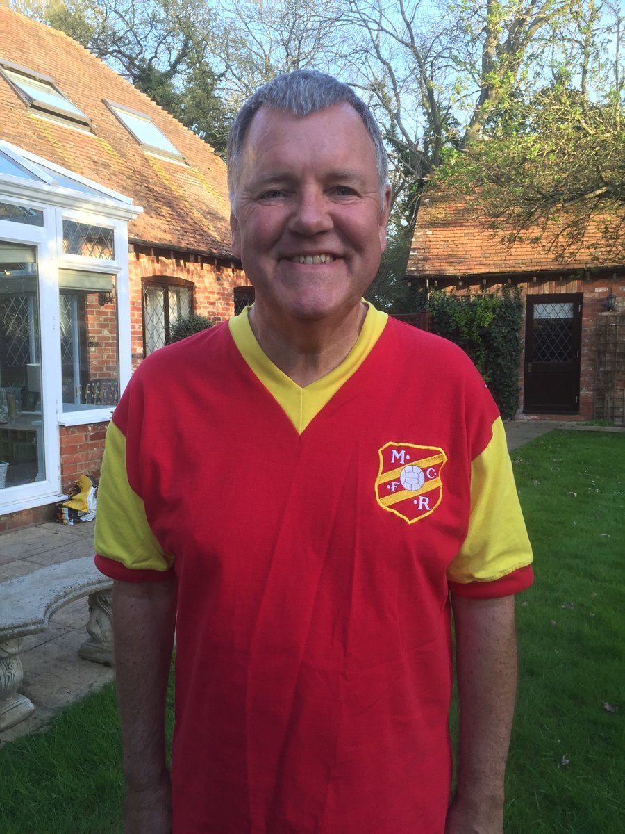On behalf of Roy and everyone at Melchester, please text SHIRT to 70200 or visit http://FootballShirtFriday.org  and donate (at least) £5 to help ⁦@BobbyMooreFund⁩ fight bowel cancer on #FootballShirtFriday tomorrow. Save lives. Thank you.