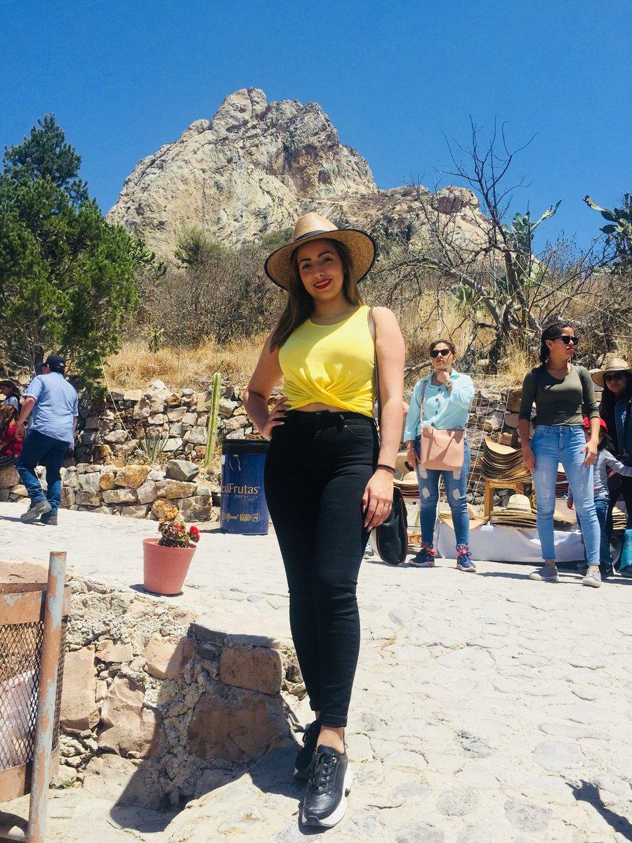 💛 #Ss #Piedra #Bernal https://t.co/A8hS0Y9r9v