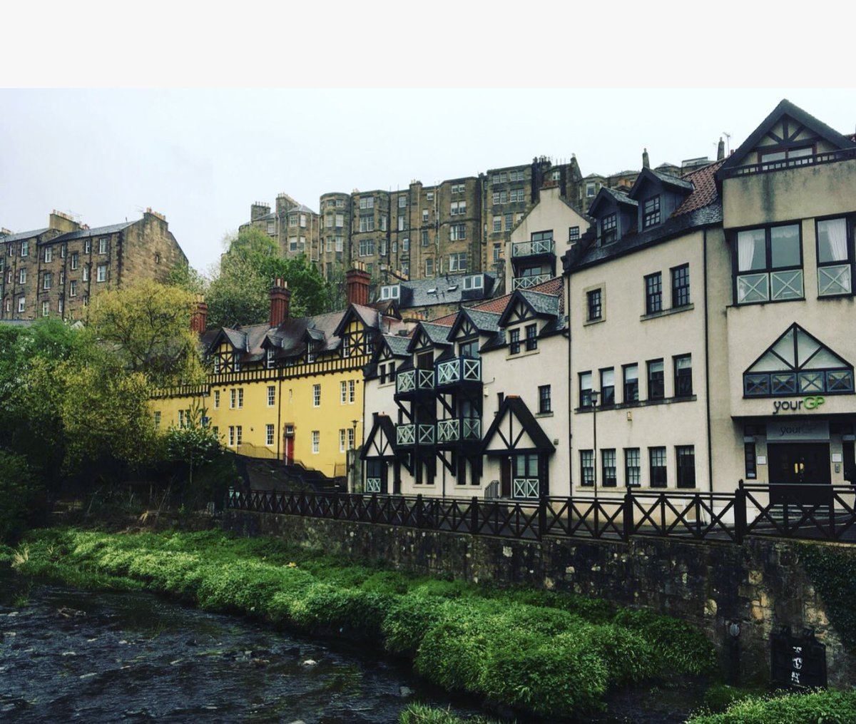The first of #EdinburghWows Wonder Walks!  The tour had pit stops at Dean Village, @lyceumtheatre, @CairngormCoffee ,@UNIONgallery1 @NatGalleriesSco and ended at the @traversetheatre 🎭 Fancy it?  https://t.co/RjvlGAYnoZ #edinburghwows #edinburghswestend #thisisedinburgh
