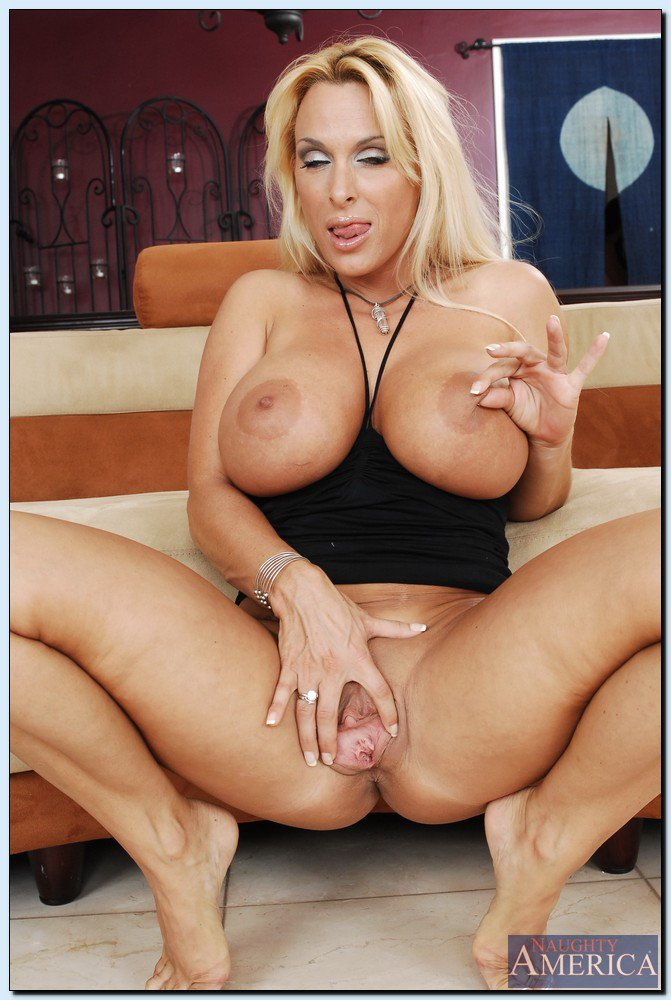 Amazing Milf Holly Halston Sucks A Big Cock Before Her Cunt Is Drilled Milf Cock Blonde Suck Cunt