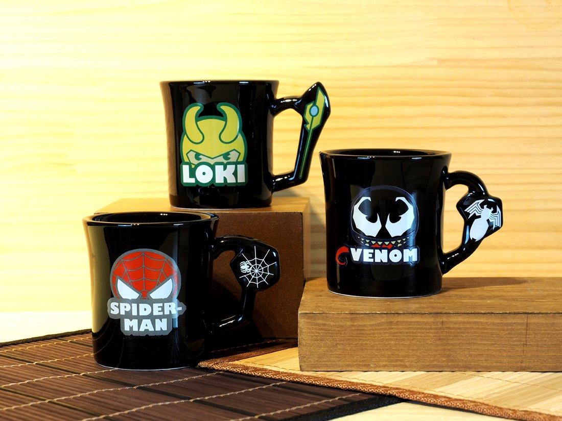 【サンアート新商品情報】  #ロキ #スパイダーマン #ヴェノム の可愛いアートデザインのマグが新登場! キャラクターごとに異なる持ち手部分のモチーフに注目!! 全3種 各¥1,380+税  池袋サンシャインシティ会場 他にて発売中✨  #MARVEL #マーベル