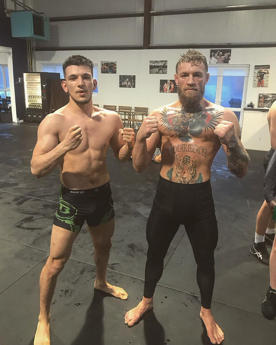 d006fc36b4c King Conor McGregor Fans on Twitter