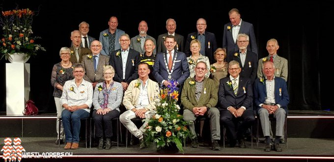 Westlandse Lintjesregen 2019 in Poeldijk https://t.co/mMfUo2JaeD https://t.co/q6KE4LOcS5