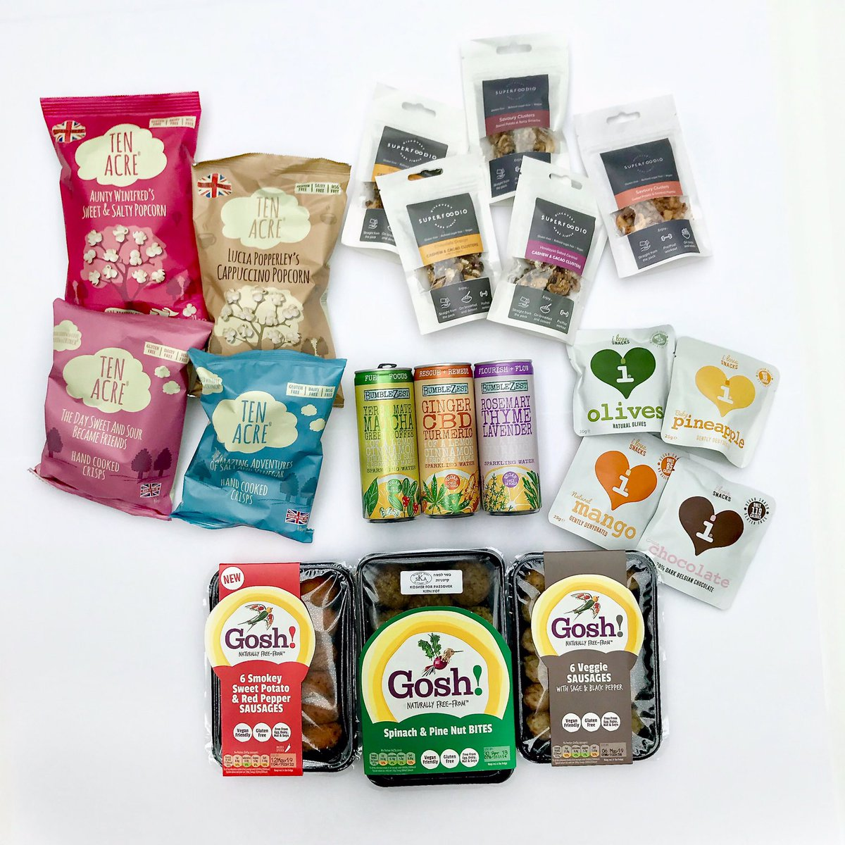 GIVEAWAY TIME!  The weather is warming up and that means it's the perfect time for a picnic with some delicious goodies from @BumbleZest @ilovesnacks2 @superfoodio @goshfreefrom @10Acre   Head over to our Instagram page to enter!