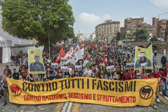 Italy: Hundreds of thousands celebrated the day of liberation. The day was dedicated to Şehîd Têkoşer.  Germany: #7000gegenIsolation broke the silence!  Hungerstrike & defense of the revolution of Rojava are the same struggle for freedom! # riseup4rojava #15aprile #Liberazione<br>http://pic.twitter.com/nBoQDNcnXX