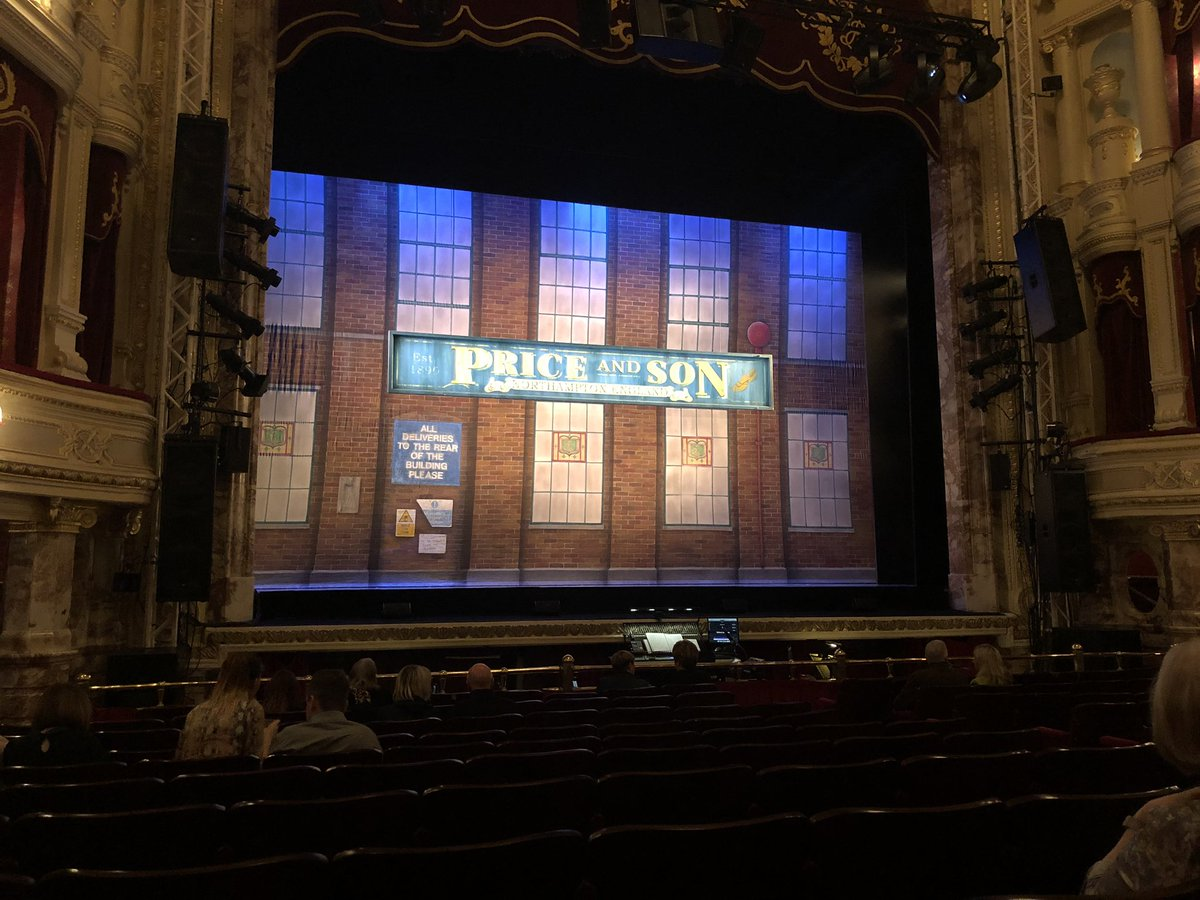 Time for culture- Kinky Boots is culture, right @EyspDavid?